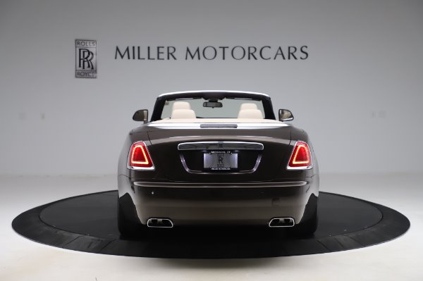 Used 2017 Rolls-Royce Dawn Base for sale $248,900 at Bentley Greenwich in Greenwich CT 06830 6