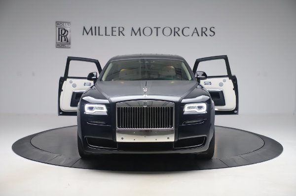 Used 2015 Rolls-Royce Ghost Base for sale Call for price at Bentley Greenwich in Greenwich CT 06830 11