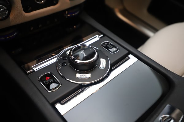 Used 2015 Rolls-Royce Ghost Base for sale Call for price at Bentley Greenwich in Greenwich CT 06830 20