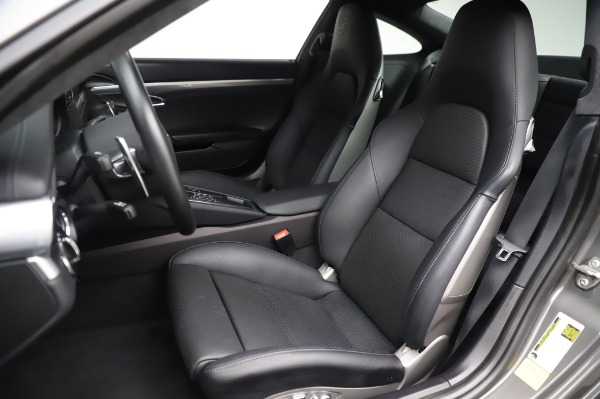 Used 2015 Porsche 911 Turbo for sale $123,900 at Bentley Greenwich in Greenwich CT 06830 15