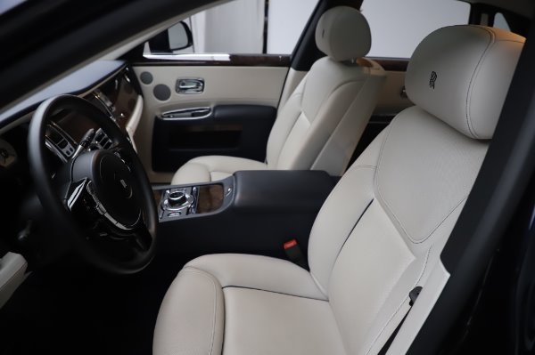 Used 2016 Rolls-Royce Ghost for sale $173,900 at Bentley Greenwich in Greenwich CT 06830 12