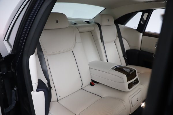 Used 2016 Rolls-Royce Ghost for sale $173,900 at Bentley Greenwich in Greenwich CT 06830 15