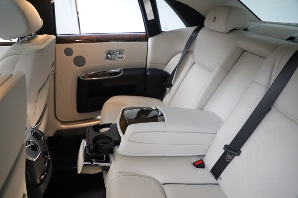 Used 2016 Rolls-Royce Ghost for sale $173,900 at Bentley Greenwich in Greenwich CT 06830 18