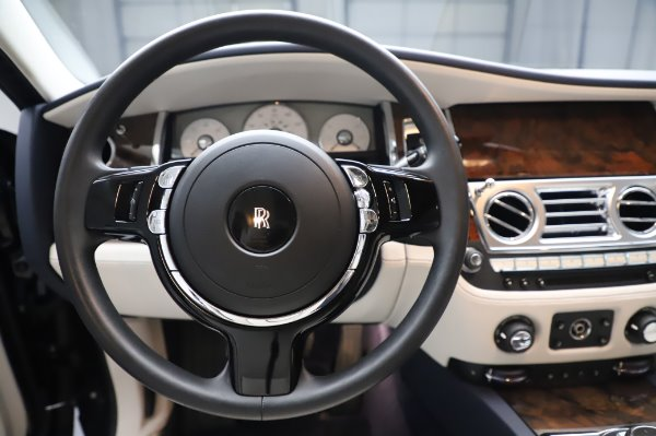 Used 2016 Rolls-Royce Ghost for sale $173,900 at Bentley Greenwich in Greenwich CT 06830 19