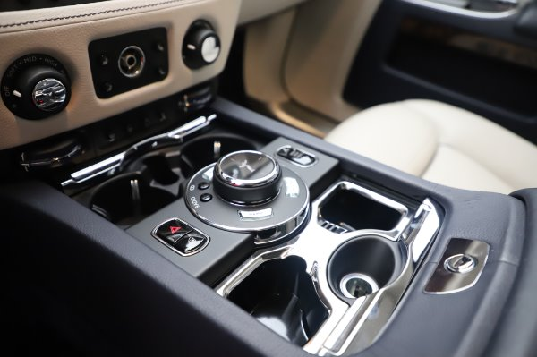 Used 2016 Rolls-Royce Ghost for sale $173,900 at Bentley Greenwich in Greenwich CT 06830 21