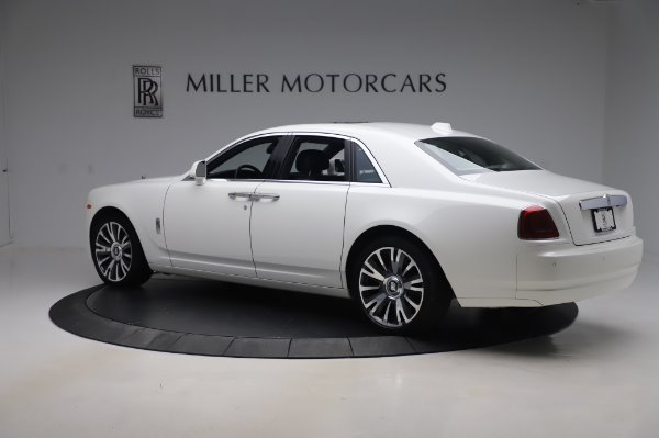 Used 2018 Rolls-Royce Ghost for sale $247,900 at Bentley Greenwich in Greenwich CT 06830 5