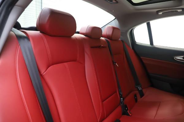 New 2020 Alfa Romeo Giulia Q4 for sale $48,445 at Bentley Greenwich in Greenwich CT 06830 26