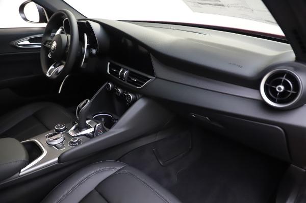 New 2020 Alfa Romeo Giulia Sport Q4 for sale $43,645 at Bentley Greenwich in Greenwich CT 06830 22