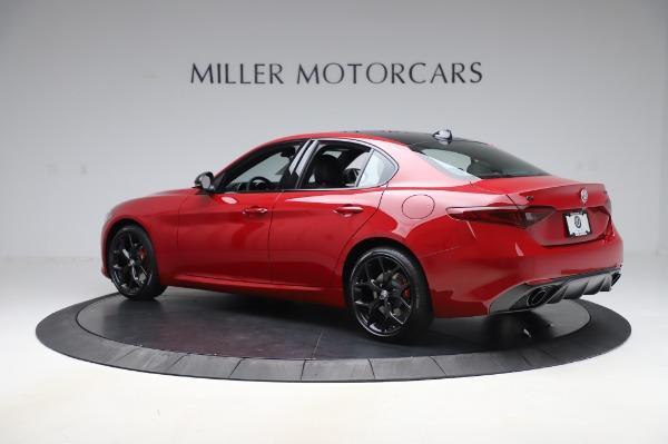 New 2020 Alfa Romeo Giulia Sport Q4 for sale $43,645 at Bentley Greenwich in Greenwich CT 06830 4