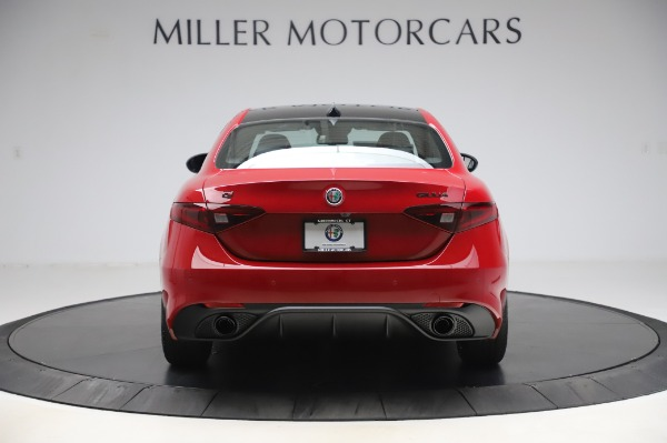 New 2020 Alfa Romeo Giulia Sport Q4 for sale Sold at Bentley Greenwich in Greenwich CT 06830 6