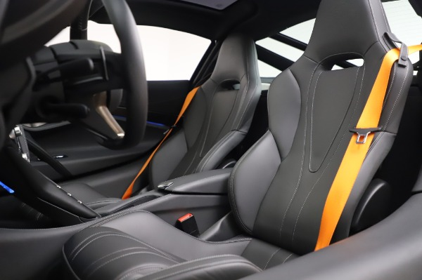 Used 2018 McLaren 720S Luxury for sale Call for price at Bentley Greenwich in Greenwich CT 06830 18