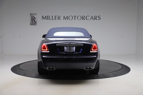 Used 2017 Rolls-Royce Dawn Base for sale $248,900 at Bentley Greenwich in Greenwich CT 06830 16