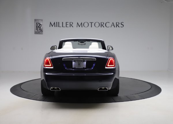 Used 2017 Rolls-Royce Dawn Base for sale $248,900 at Bentley Greenwich in Greenwich CT 06830 7