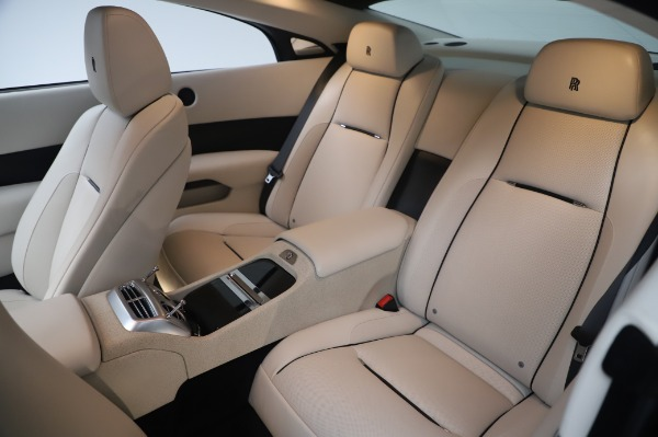 Used 2015 Rolls-Royce Wraith Base for sale $178,900 at Bentley Greenwich in Greenwich CT 06830 14