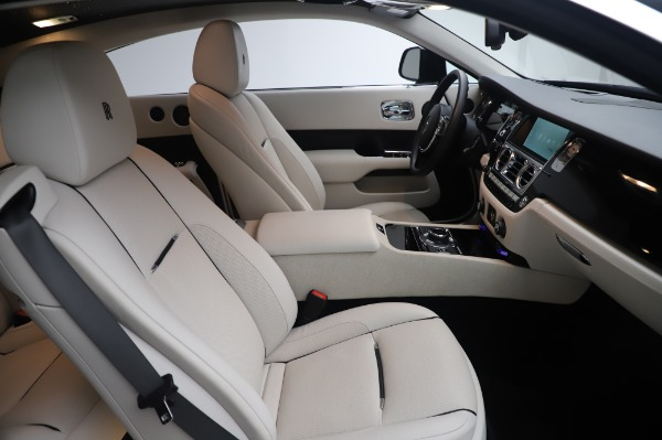 Used 2015 Rolls-Royce Wraith Base for sale $178,900 at Bentley Greenwich in Greenwich CT 06830 16