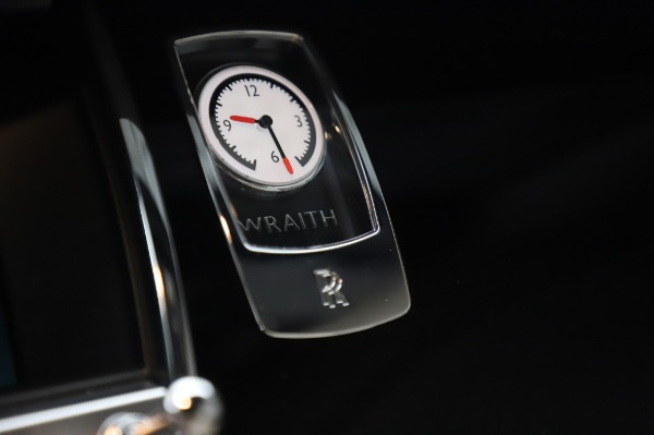 Used 2015 Rolls-Royce Wraith Base for sale $178,900 at Bentley Greenwich in Greenwich CT 06830 22