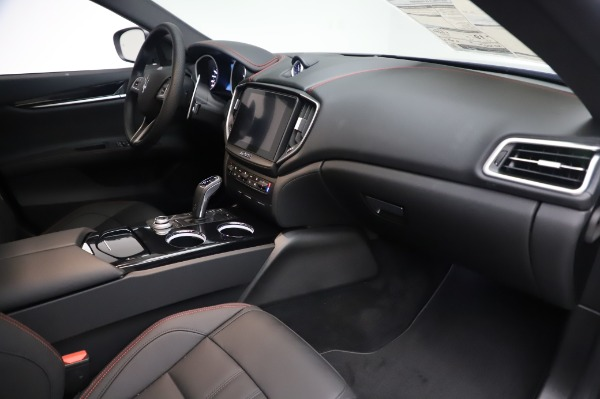 New 2020 Maserati Ghibli S Q4 GranSport for sale $94,935 at Bentley Greenwich in Greenwich CT 06830 22
