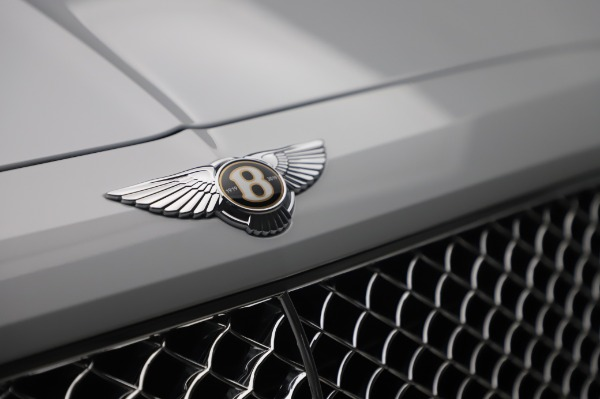 New 2020 Bentley Bentayga Hybrid for sale $226,695 at Bentley Greenwich in Greenwich CT 06830 14
