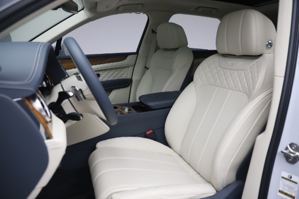 New 2020 Bentley Bentayga Hybrid for sale $226,695 at Bentley Greenwich in Greenwich CT 06830 20