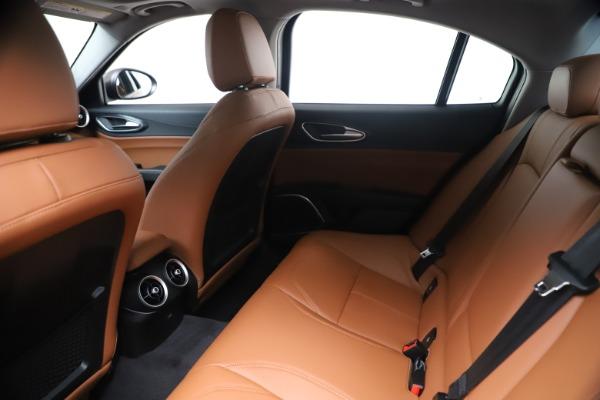 New 2020 Alfa Romeo Giulia Q4 for sale $47,245 at Bentley Greenwich in Greenwich CT 06830 19