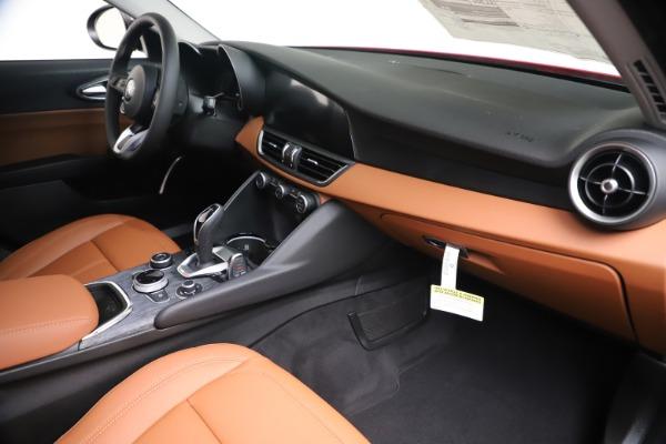 New 2020 Alfa Romeo Giulia Q4 for sale $47,245 at Bentley Greenwich in Greenwich CT 06830 22