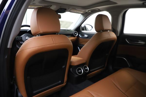 New 2020 Alfa Romeo Giulia Q4 for sale $42,845 at Bentley Greenwich in Greenwich CT 06830 19