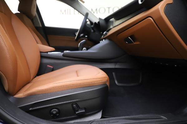 New 2020 Alfa Romeo Giulia Q4 for sale $42,845 at Bentley Greenwich in Greenwich CT 06830 22