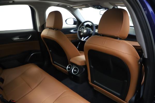 New 2020 Alfa Romeo Giulia Q4 for sale $42,845 at Bentley Greenwich in Greenwich CT 06830 27
