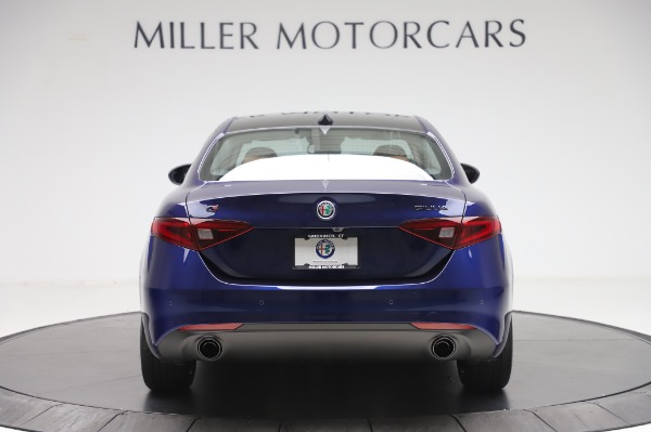 New 2020 Alfa Romeo Giulia Q4 for sale $42,845 at Bentley Greenwich in Greenwich CT 06830 5