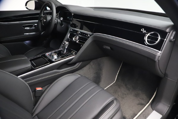 New 2020 Bentley Flying Spur W12 for sale $261,615 at Bentley Greenwich in Greenwich CT 06830 27