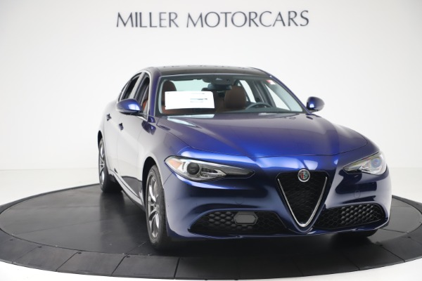 New 2020 Alfa Romeo Giulia Q4 for sale $45,445 at Bentley Greenwich in Greenwich CT 06830 11