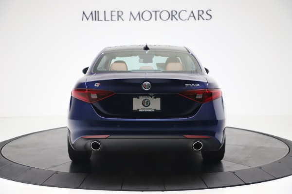 New 2020 Alfa Romeo Giulia Q4 for sale $45,445 at Bentley Greenwich in Greenwich CT 06830 6