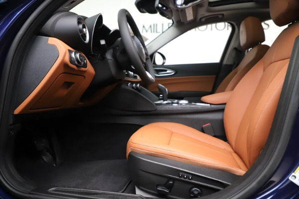 New 2020 Alfa Romeo Giulia Q4 for sale Sold at Bentley Greenwich in Greenwich CT 06830 14