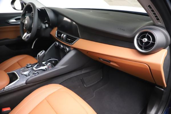 New 2020 Alfa Romeo Giulia Q4 for sale Sold at Bentley Greenwich in Greenwich CT 06830 22