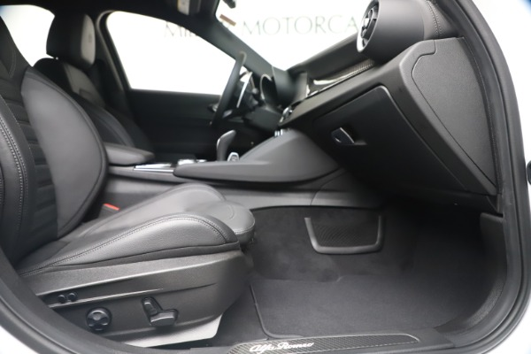 New 2020 Alfa Romeo Giulia Ti Sport Carbon Q4 for sale $51,640 at Bentley Greenwich in Greenwich CT 06830 22