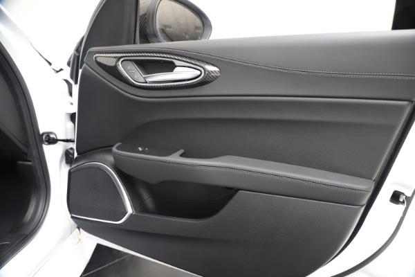 New 2020 Alfa Romeo Giulia Ti Sport Carbon Q4 for sale $51,640 at Bentley Greenwich in Greenwich CT 06830 24