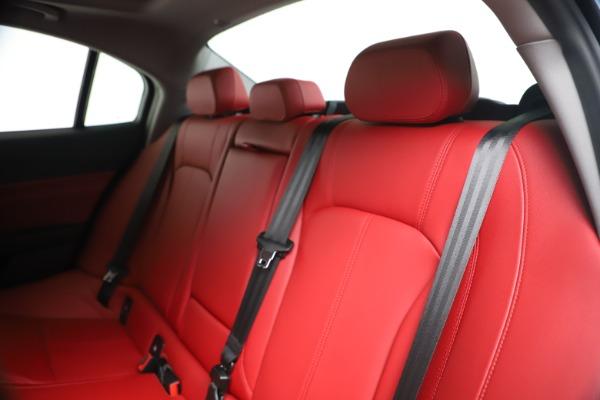 New 2020 Alfa Romeo Giulia Q4 for sale Sold at Bentley Greenwich in Greenwich CT 06830 18