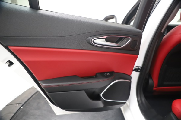 New 2020 Alfa Romeo Giulia Q4 for sale Sold at Bentley Greenwich in Greenwich CT 06830 21