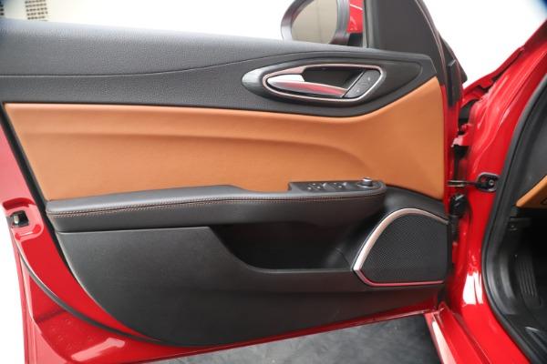 New 2020 Alfa Romeo Giulia Q4 for sale $44,845 at Bentley Greenwich in Greenwich CT 06830 17