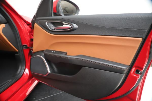 New 2020 Alfa Romeo Giulia Q4 for sale $44,845 at Bentley Greenwich in Greenwich CT 06830 25