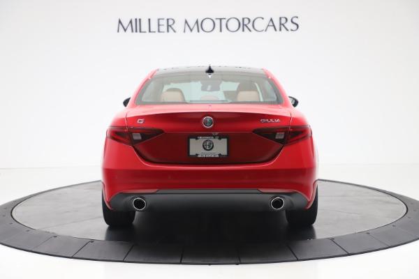 New 2020 Alfa Romeo Giulia Q4 for sale $44,845 at Bentley Greenwich in Greenwich CT 06830 6