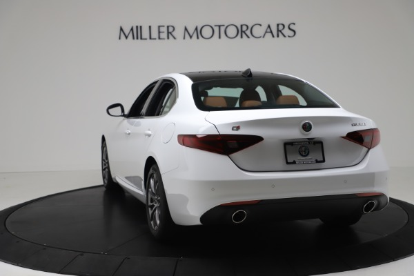 New 2020 Alfa Romeo Giulia Q4 for sale $44,845 at Bentley Greenwich in Greenwich CT 06830 5