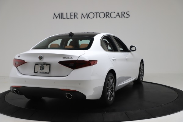 New 2020 Alfa Romeo Giulia Q4 for sale $44,845 at Bentley Greenwich in Greenwich CT 06830 7