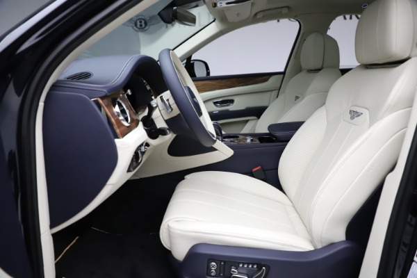New 2021 Bentley Bentayga V8 for sale $205,540 at Bentley Greenwich in Greenwich CT 06830 20