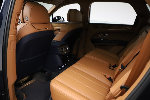 New 2021 Bentley Bentayga V8 for sale $203,205 at Bentley Greenwich in Greenwich CT 06830 21