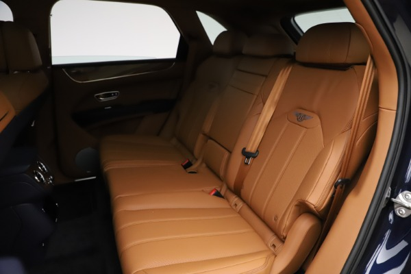 New 2021 Bentley Bentayga V8 for sale $203,205 at Bentley Greenwich in Greenwich CT 06830 23