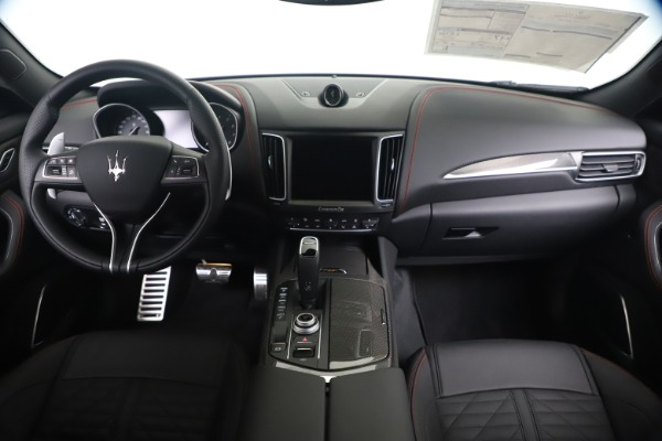 New 2020 Maserati Levante S Q4 GranSport for sale $102,985 at Bentley Greenwich in Greenwich CT 06830 16