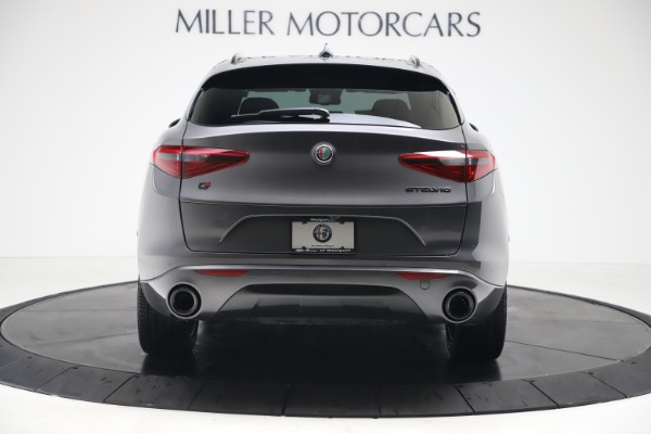 New 2020 Alfa Romeo Stelvio Ti Sport Q4 for sale $55,995 at Bentley Greenwich in Greenwich CT 06830 6