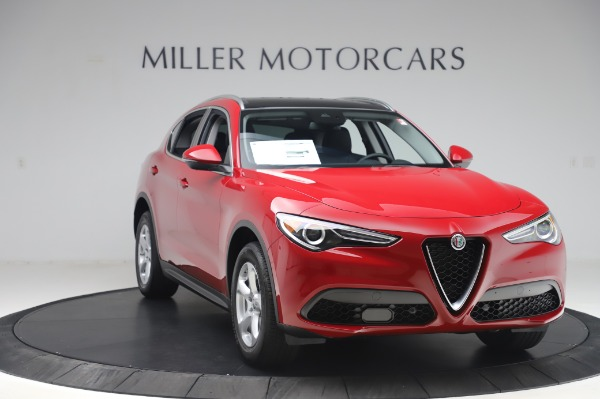 New 2020 Alfa Romeo Stelvio Q4 for sale $47,645 at Bentley Greenwich in Greenwich CT 06830 11