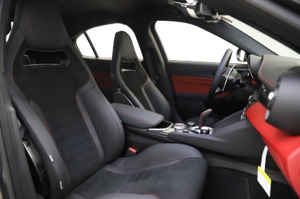 New 2020 Alfa Romeo Giulia Quadrifoglio for sale $87,445 at Bentley Greenwich in Greenwich CT 06830 21